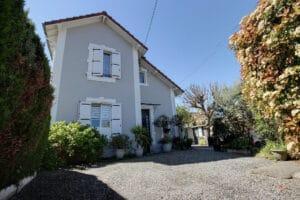 Bizanos - Maison avec dépendance 4 pièces 150 m² 295 000€ - Agence immobilière Orpi Pierre Conchez Immobilier