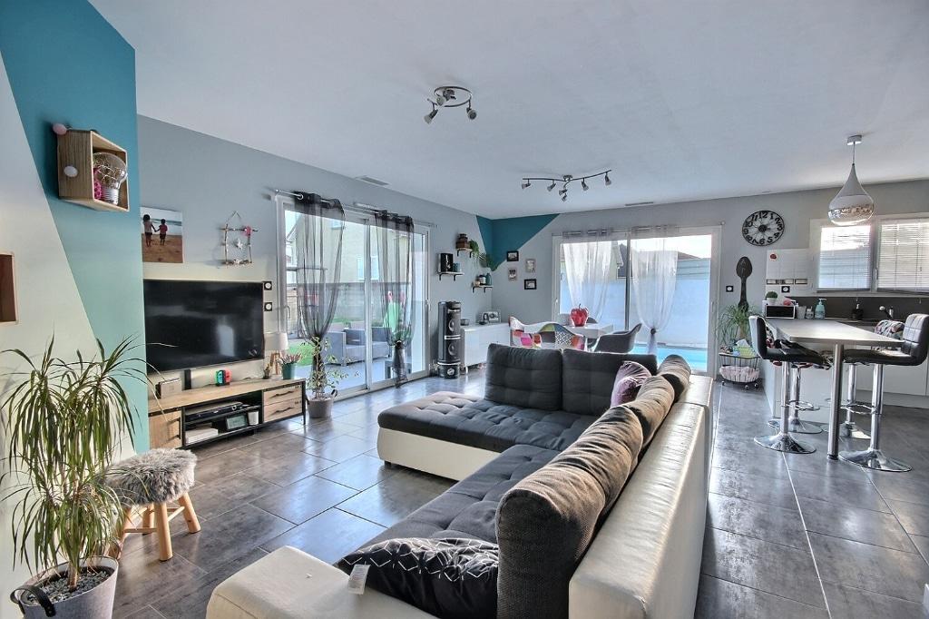 Bordes – Maison 5 pièces 98 m² 258 00€ - Agence immobilière pau - Pierre Conchez Immobilier