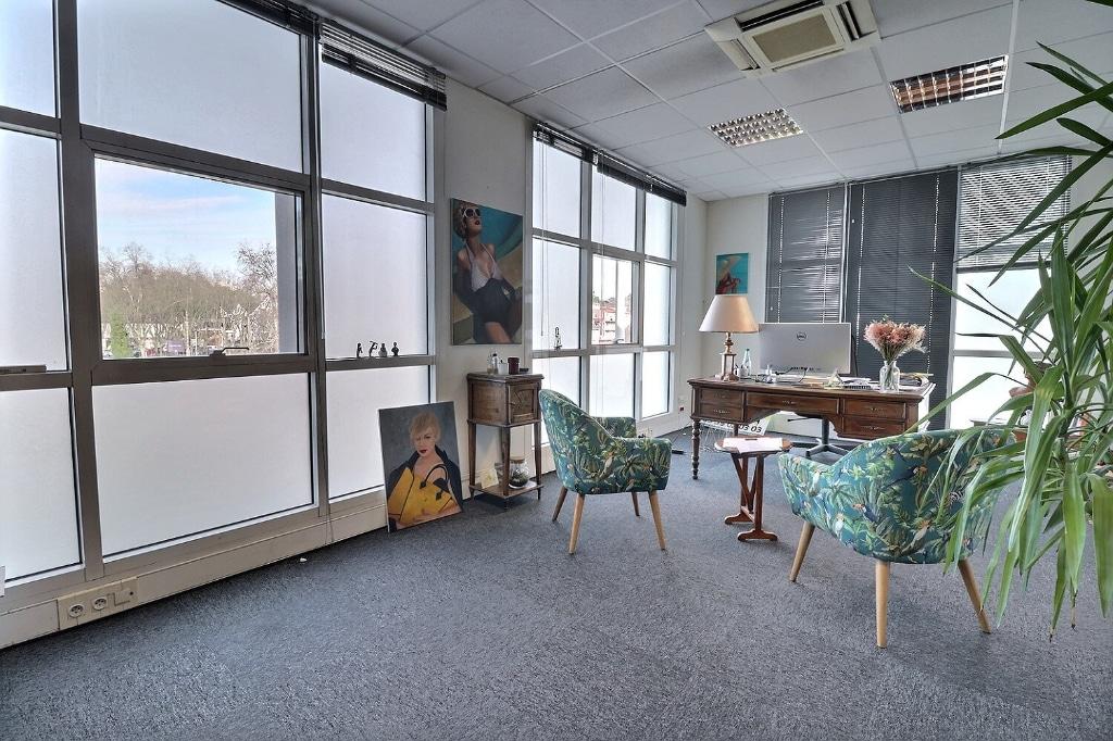 Pau– Bureaux 203 m² divisibles 352 000€ - Agence immobilière pau - Pierre Conchez Immobilier