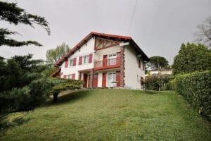 Serres Morlaas – Maison 9 pièces 240 m² 379 000€ - Agence immobilière pau - Pierre Conchez Immobilier