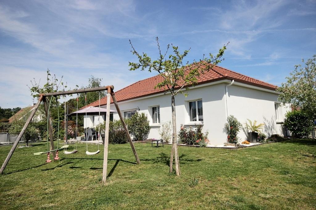 Biron - Maison de plain pied 6 pièces 125 m² 273 000€ - Agence immobilière Pau - Orpi Pierre Conchez Immobilier