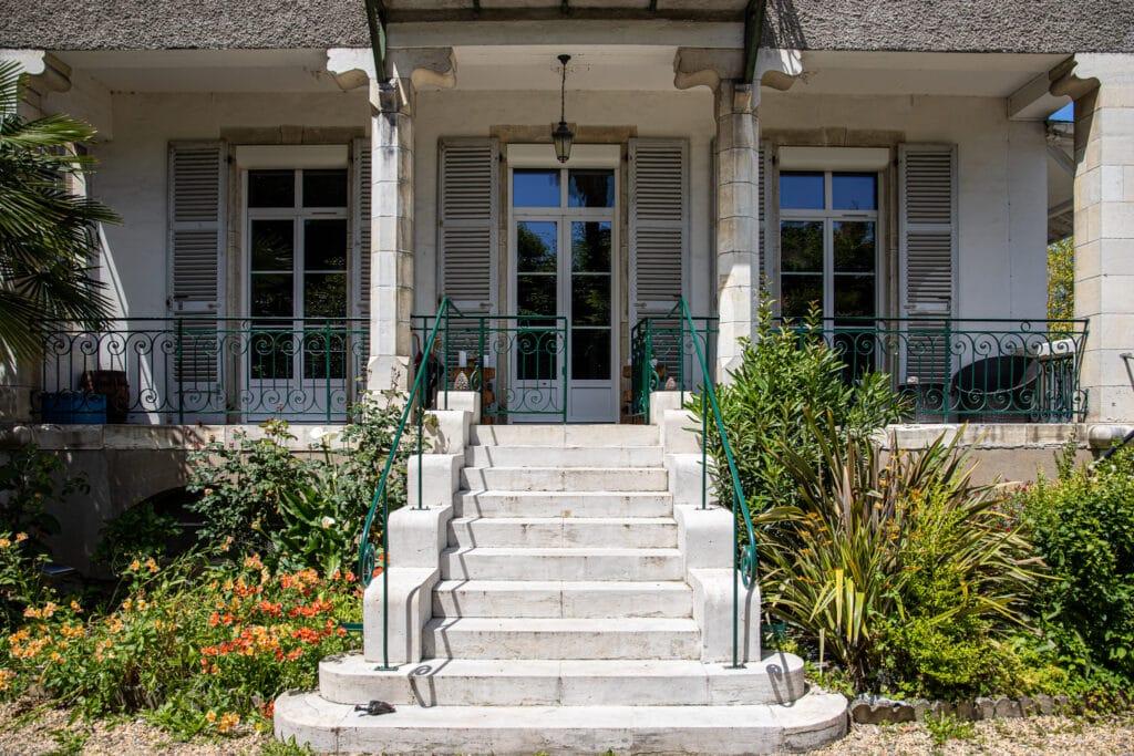 Pau - Pau - Maison bourgeoise de 1890 7 pièces 235 m² 630 000€bourgeoise de 1890 7 pièces 235 m² 630 000€