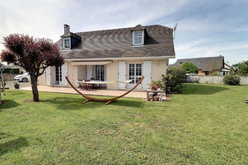 Maison plaine de Nay 160 m² - Orpi Pierre Conchez Immobilier