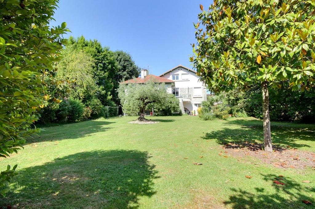 Pau - Maison 10 pièces 283 m² 895 000€ - Orpi Pierre Conchez Immobilier