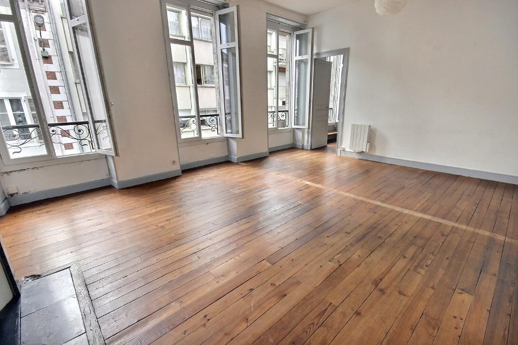 Halles - Appartement T3 75 m² à vendre 162 000€ agence immobilière orpi pierre conchez immobilier