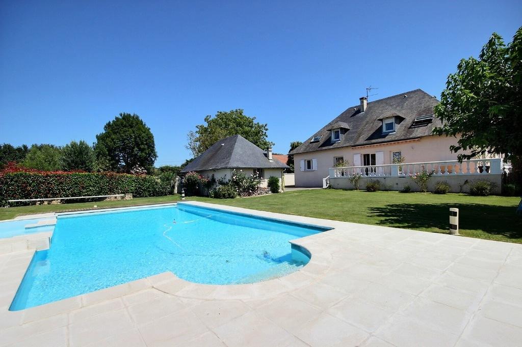 Sendets - Maison 8 pièces 320 m² à vendre 495 000€ - Agence immobilière à Pau Orpi Pierre Conchez Immobilier